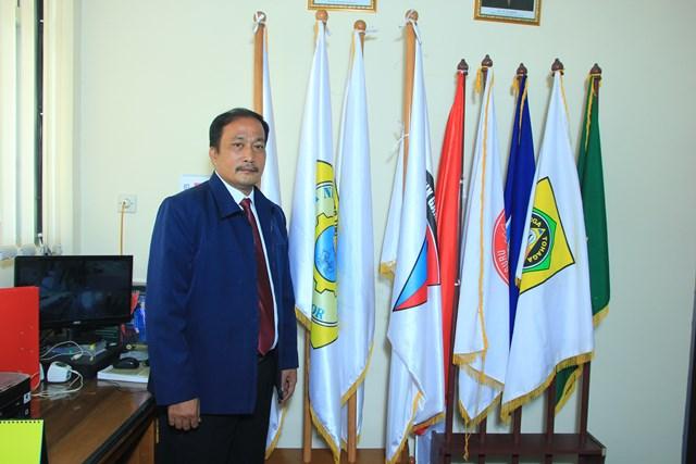 Bapak Aman Sihombing, M.Pd